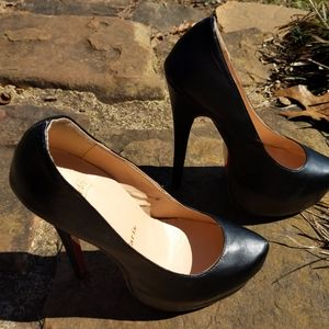 Christian louboutin size38 heel pumps